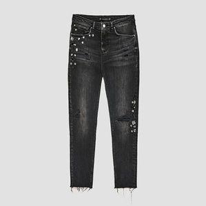 NWT Zara Cigarette Black Distressed Jewels Jeans 8